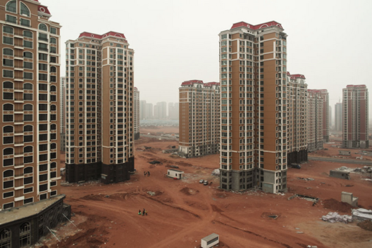 The empty development of Kangbashi/Ordos in Inner Mongolia (China). Image © Tim Franco, Flickr User shanghaisoundbites