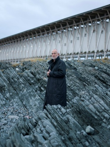 Peter Zumthor at the Steilneset Memorial.. Image © Andrew Meredith