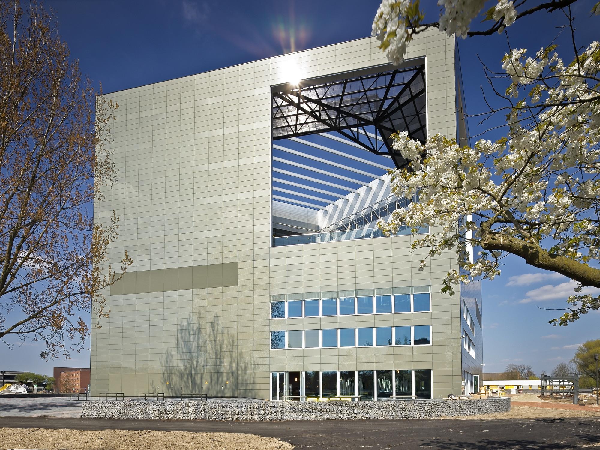 Orion Wageningen University / Ector Hoogstad Architecten, © Petra Appelhof