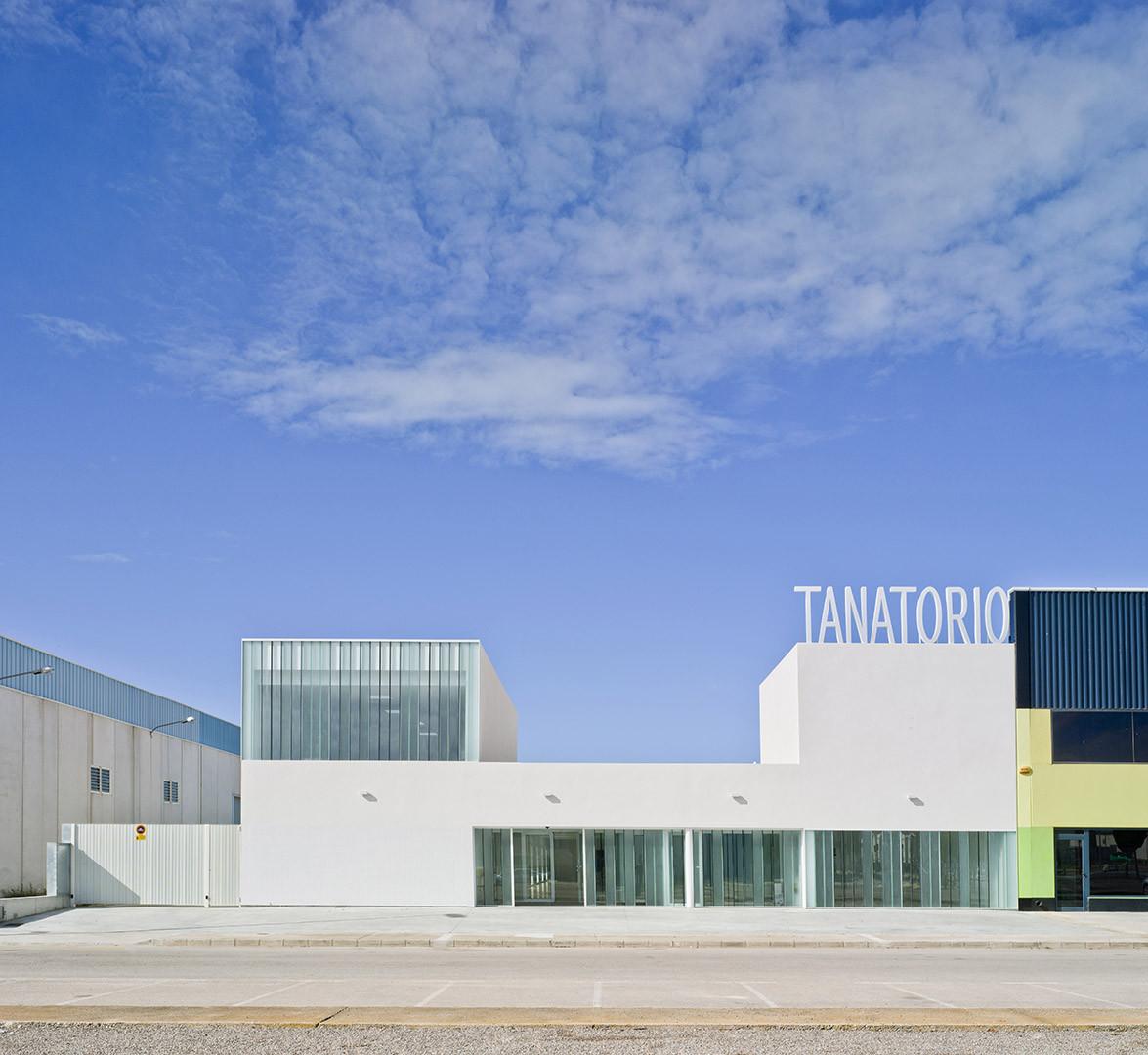 Tanatorio campo de cartagena mart n lejarraga - Arquitectura cartagena ...