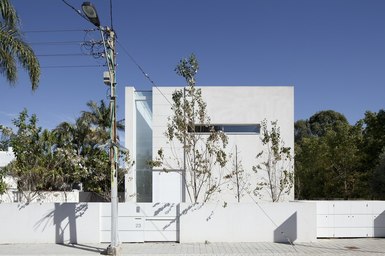 Vivienda G House / Axelrod Architects + Pitsou Kedem Architect, © Amit Geron