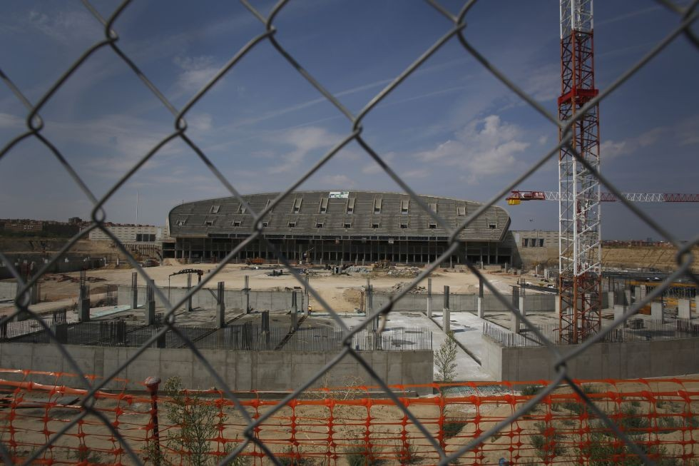Remodelación del estadio La Peineta de Madrid queda en el limbo luego de quedarse sin Juegos Olímpicos , Estado de las obras en La Peineta esta semana.. Image © Carlos Rosillo