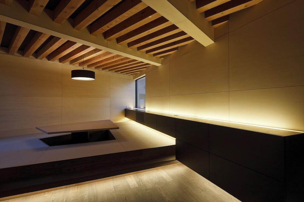 Alley / APOLLO Architects & Associates