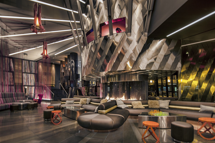 Americas (Bar): The Living Room (United States) / Skylab Architecture. Image
