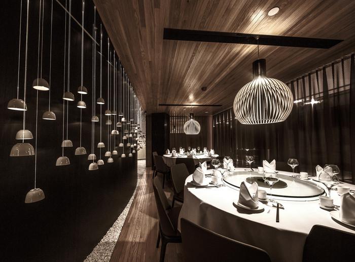 Australia & Pacific (Restaurant): The Century (Australia) / Paring Onions. Image