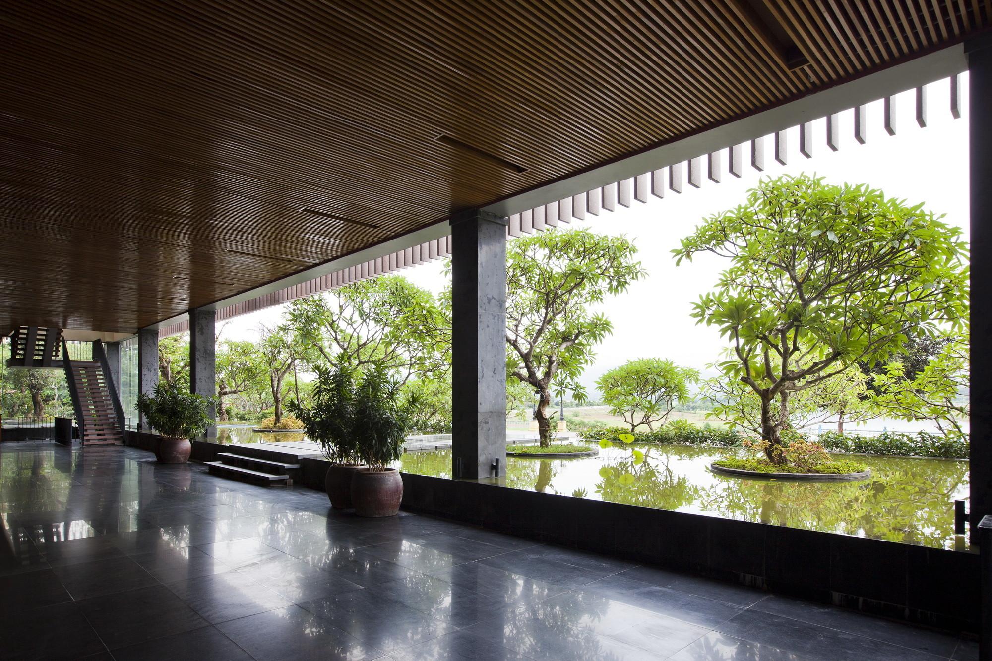 Gallery of kontum indochine wedding hall vtn architects 3 for Architecture japonaise