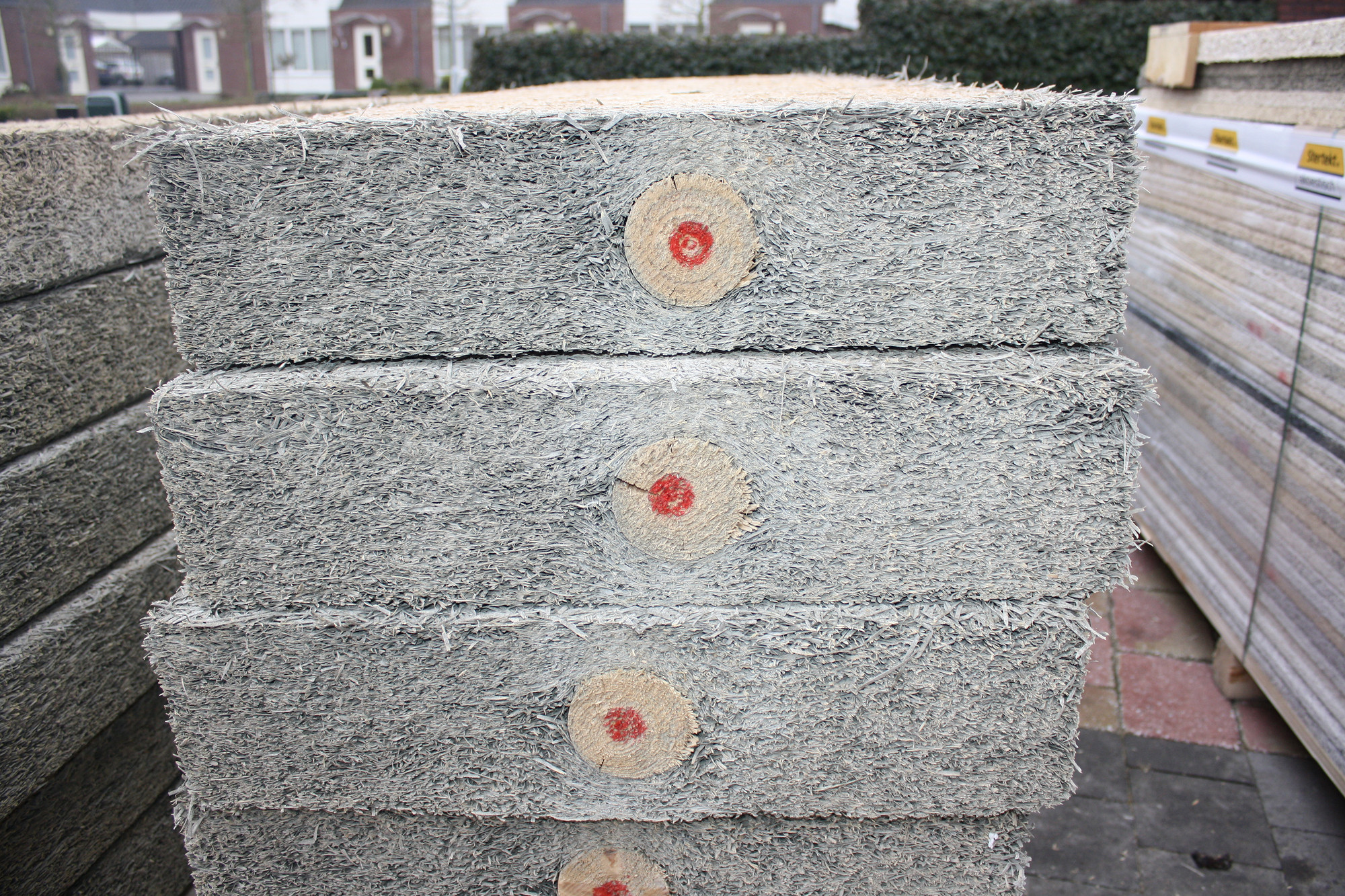 Reinforced Wood Wool Cement Board. Image Courtesy of Dutch Design Initiative via Cradle to Cradle