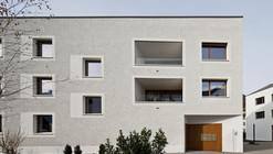 Reurbanización del Raiffeisenbank / Lussi+Halter Partner AG