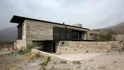 House in Villa Cielo / Estudio M + N
