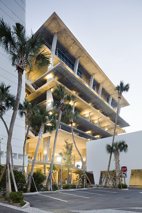 1111 Lincoln Road in Miami by Herzog & de Meuron. Image © Nelson Garrido/1111Lincoln Road Shot Reprinted with permission from MBeach1, LLLP