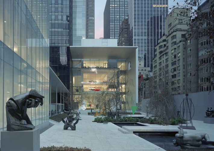 AD Classics: The Museum of Modern Art, View of the gallery complex from the Sculpture Garden. Image © Timothy Hursley