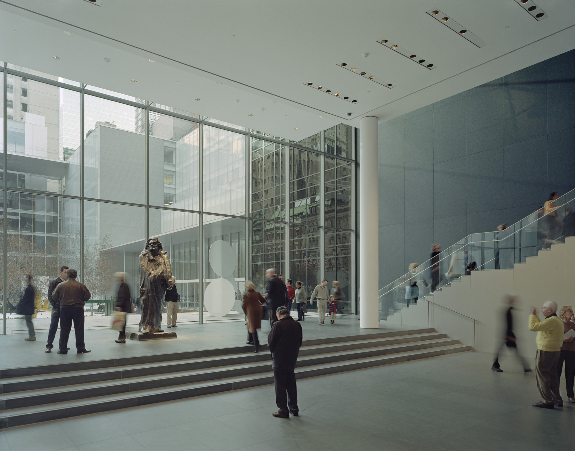 View of the lobby overlooking the Sculpture Garden. Image © Timothy Hursley