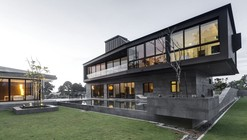 Pile Houses / Pencil Office