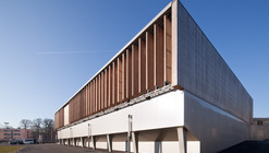 Sports complex in Châtenay-Malabry / aEa - agence Engasser + associés