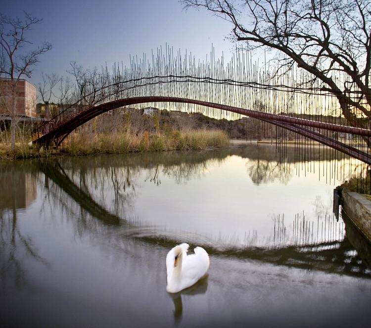 Puente Peatonal / Miró Rivera Architects, © Paul Finkel