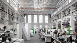 Economia Building / Ricardo Bofill