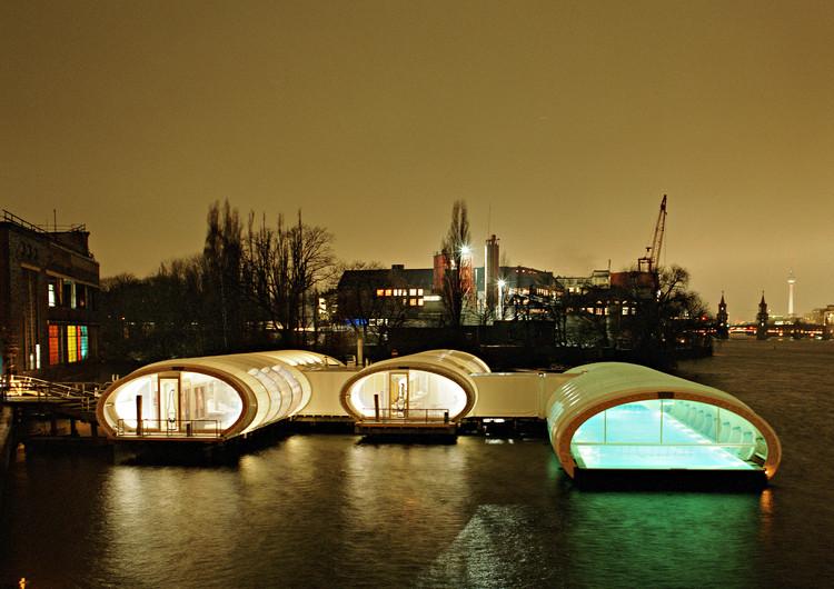 Badeschiff / Wilk-Salinas Architekten, © Kulturarena Veranstaltungs