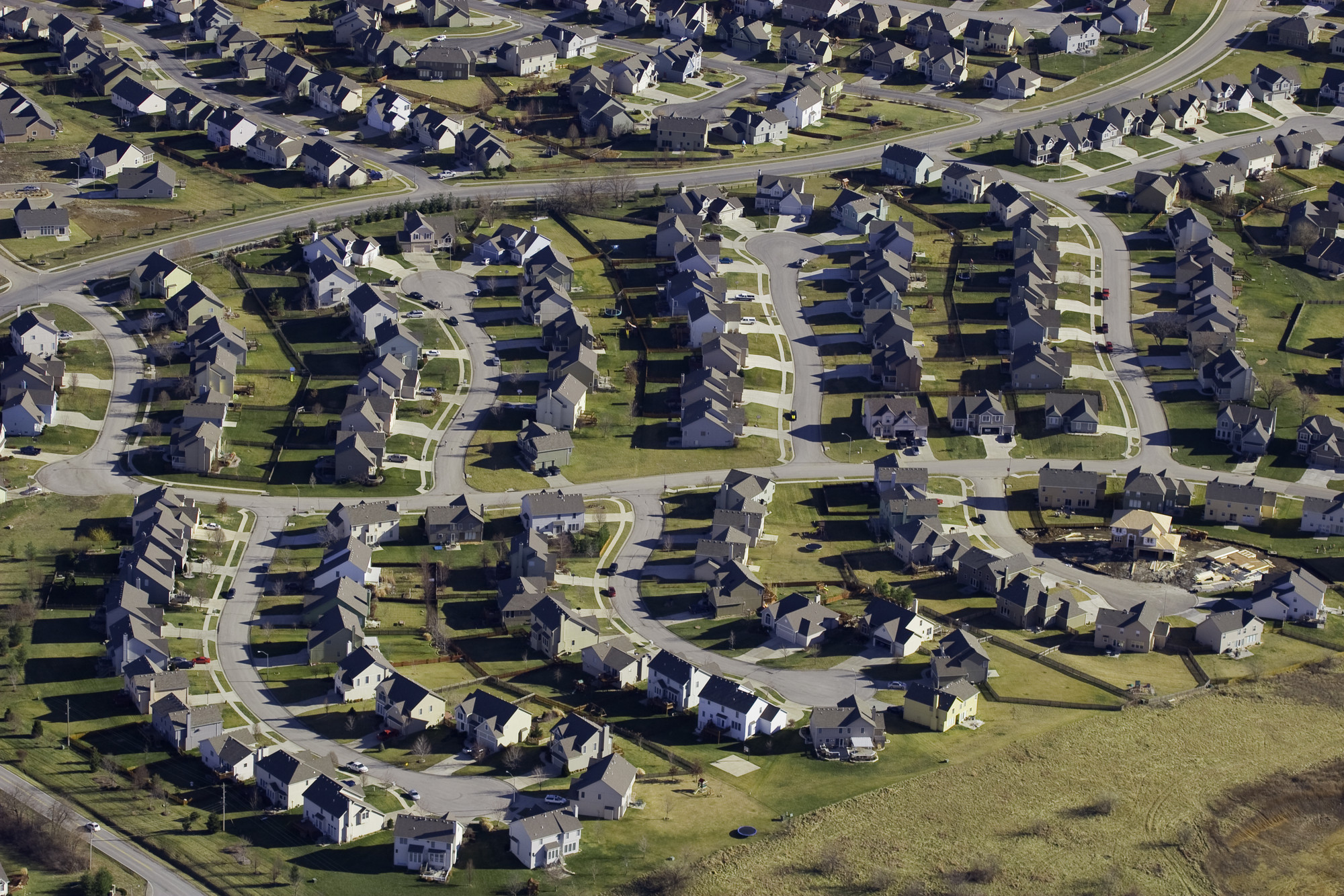 Suburban Sprawl. Image © Flickr CC User Craig L. Patterson