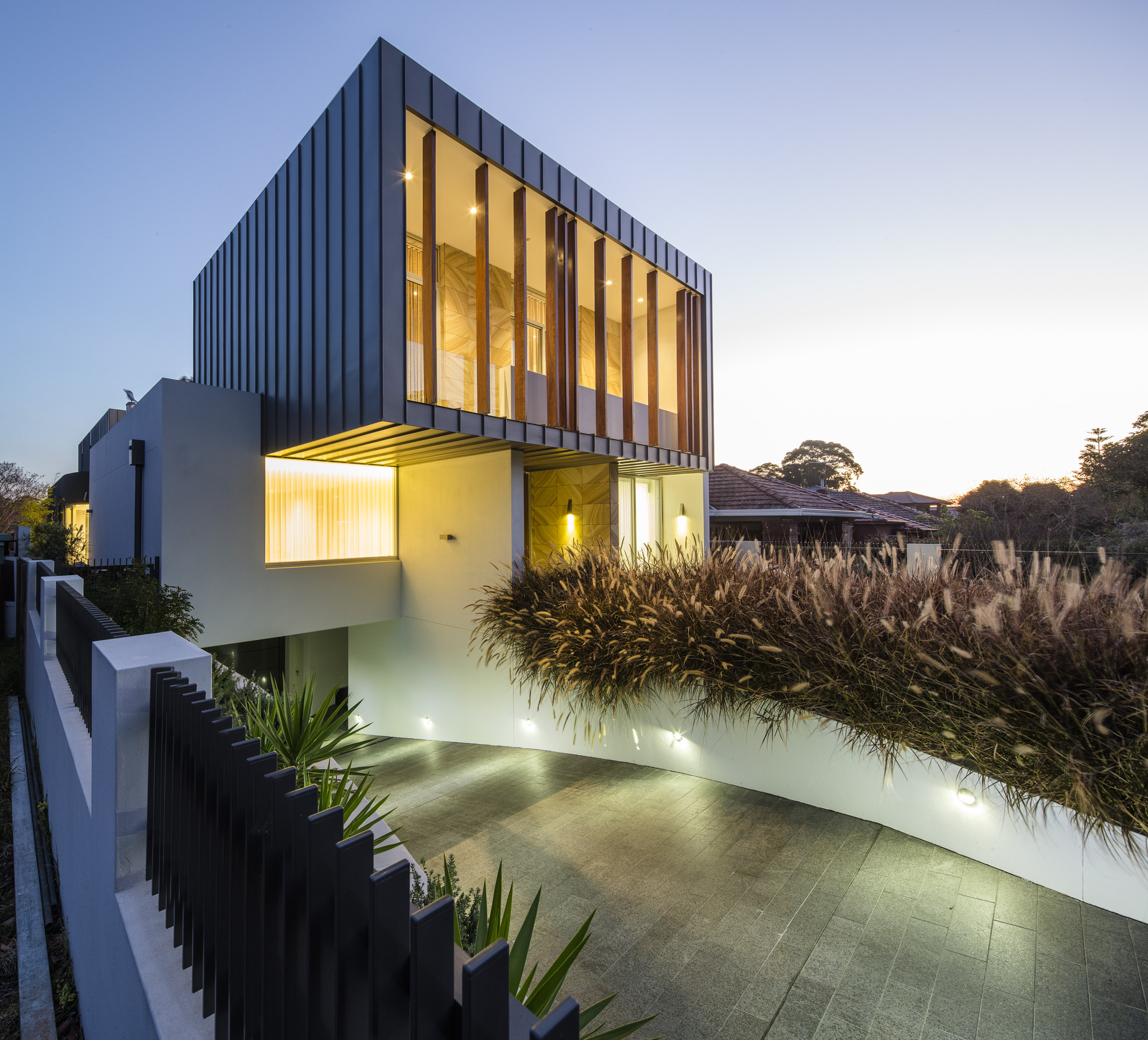 Box house zouk architects archdaily for House in a box