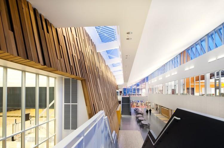 Escuela Duchess Park / HCMA, Cortesía de HCMA