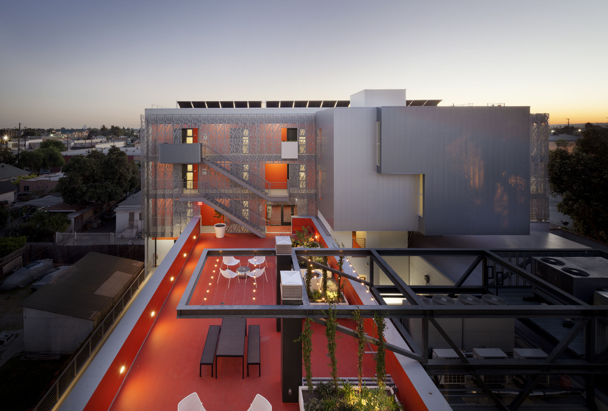 Housing winner: 28thStreet Apartments, USA by Koning Eizenberg Architecture, Inc