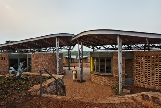 Women's Opportunity Center / Sharon Davis Design © Elizabeth Felicella