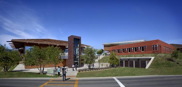 Centro de Ingeniería + Ciencias Físicas / Ratcliff, © David Wakely