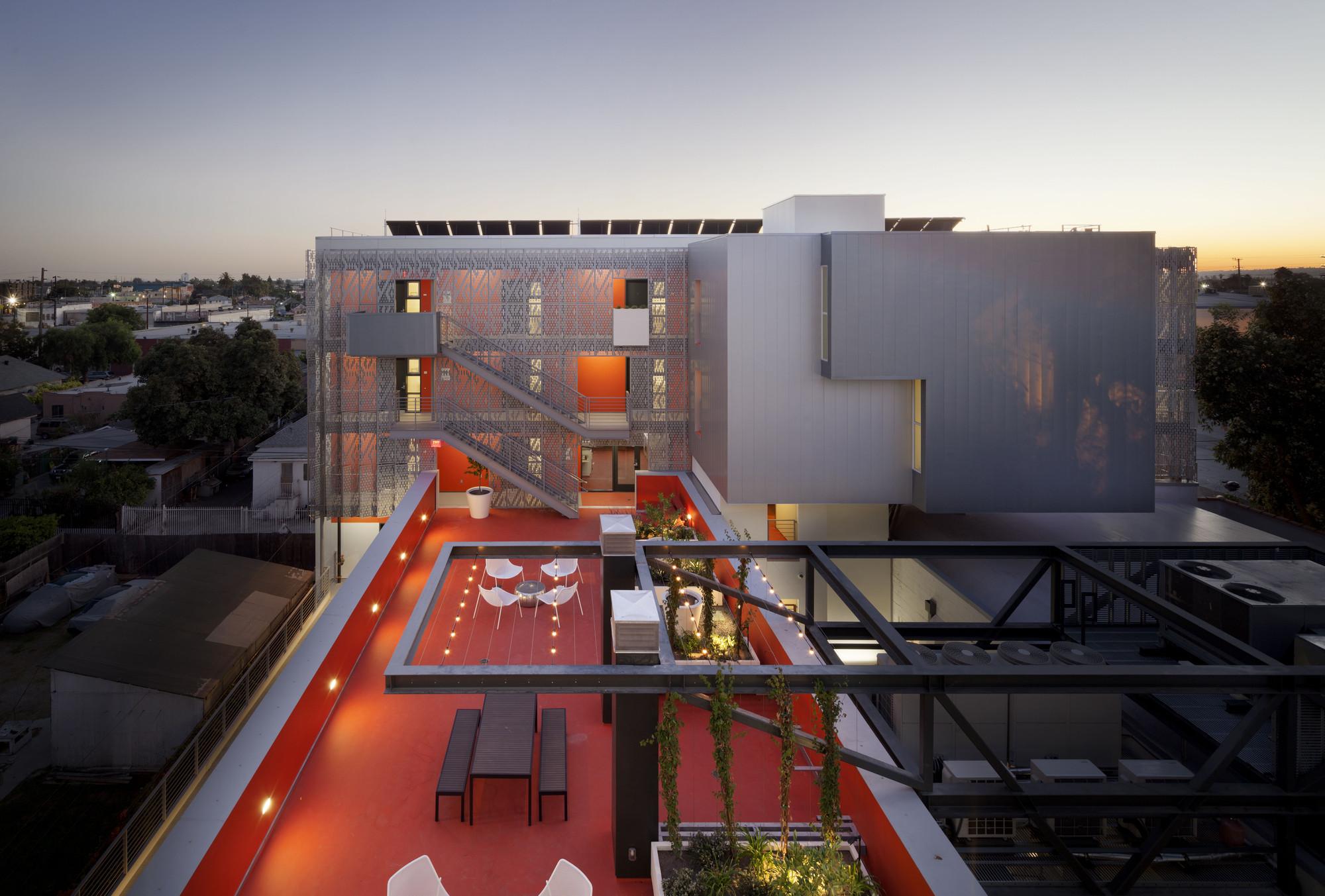 Housing winner: 28thStreet Apartments, USA by Koning Eizenberg Architecture, Inc