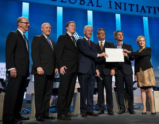 At the Clinton Global Initiative (l to r) Robert Ivy, FAIA; New Orleans Mayor Mitch Landrieu; Cameron Sinclair, co-founder Architecture for Humanity; Former U.S. President Bill Clinton; Martyn Parker, Chairman Global Partnerships at Swiss Re; Alex Karp, co-founder Palantir; Judith Rodin, Ph.D, President of The Rockefeller Foundation. Image Courtesy of The AIA