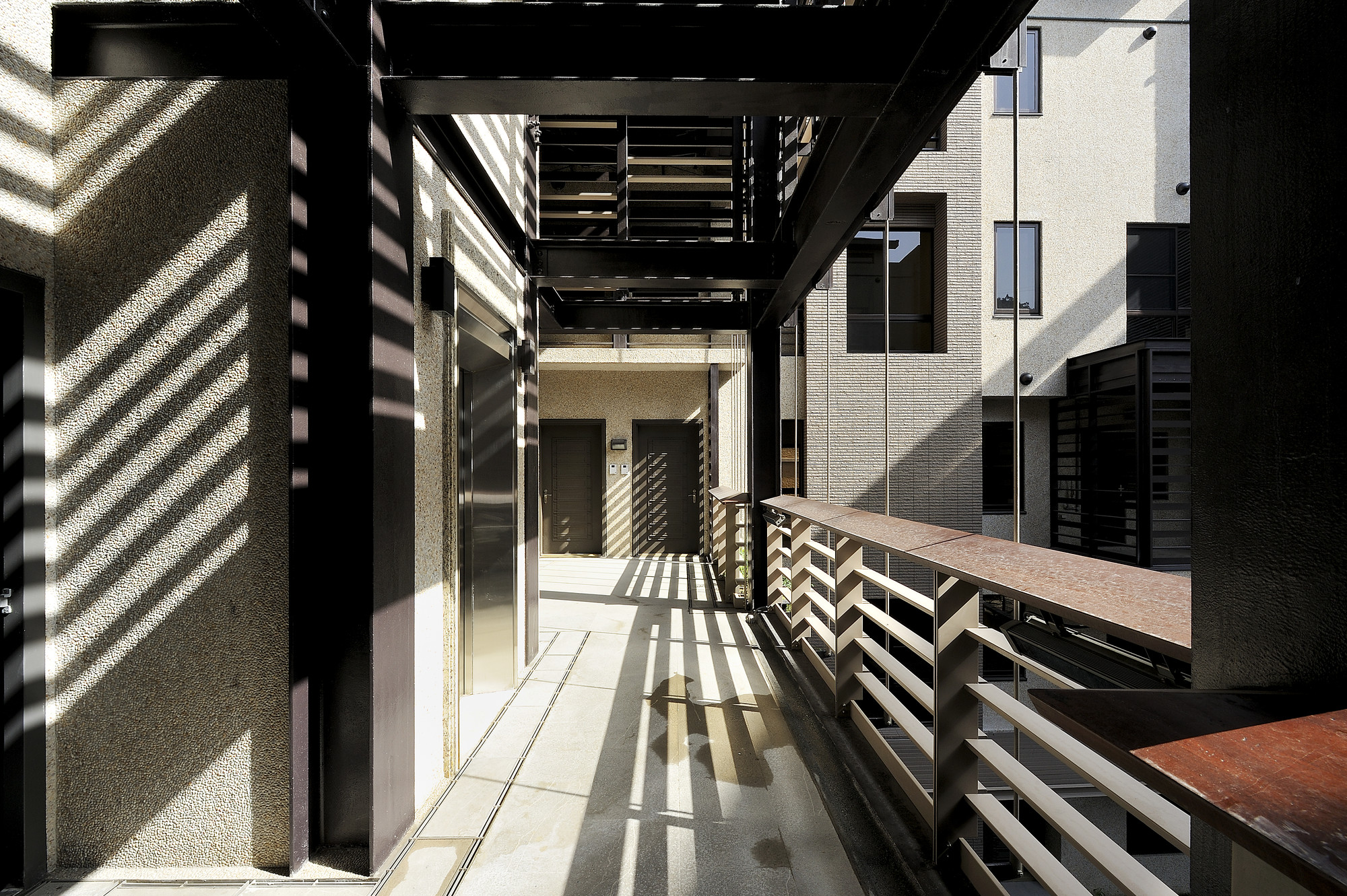 Gallery of mountain moon chin architects 19 for Moon architecture