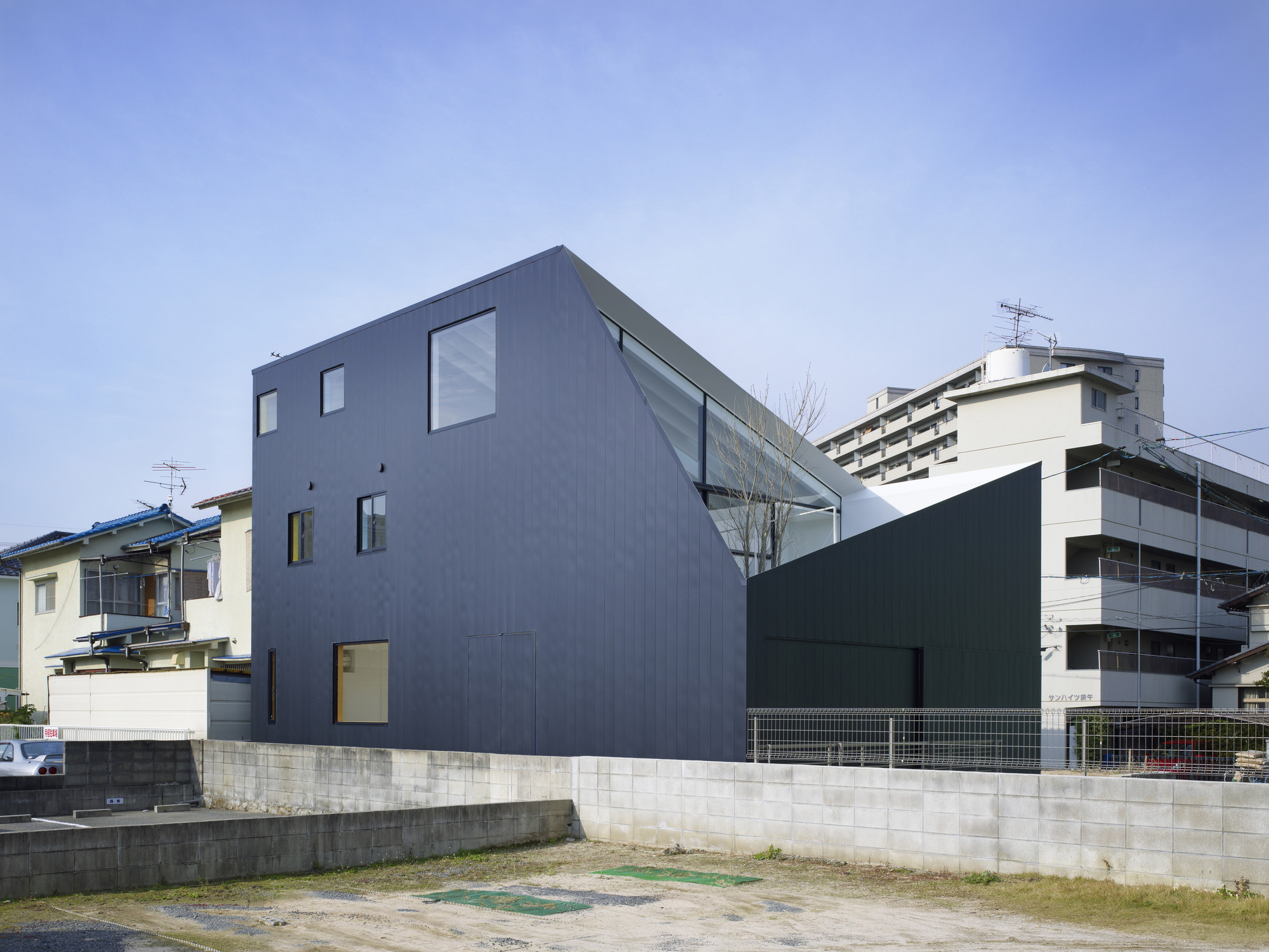 Wrap House / Future Studio, © Toshiyuki Yano