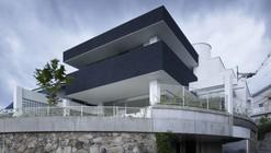 Beam House / Future Studio