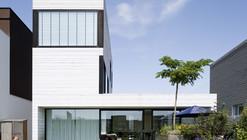 Urban Villa / Pasel.Kuenzel Architects