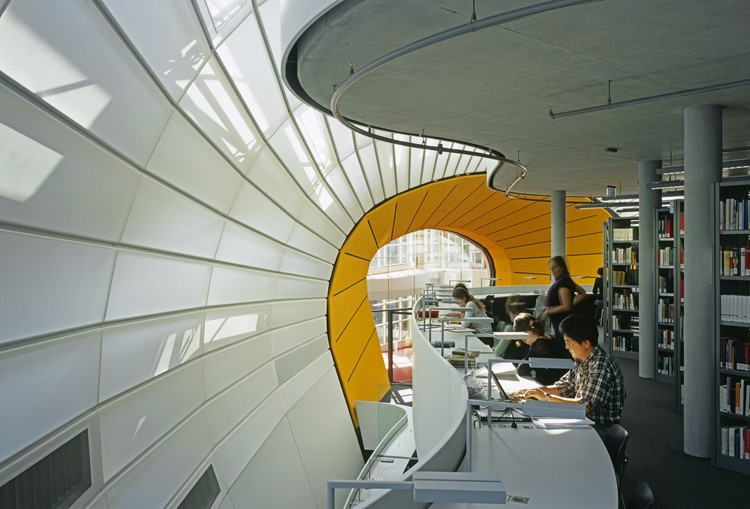 Free University's Philology Library / Foster + Partners, © Reinhard Gorner