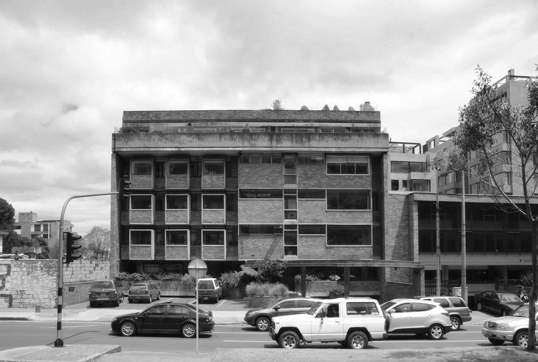 AD Classics: Clásicos de Arquitectura: Edificio Giraldo / Fernando Martínez Sanabria, © Dan Gamboa Bohórquez