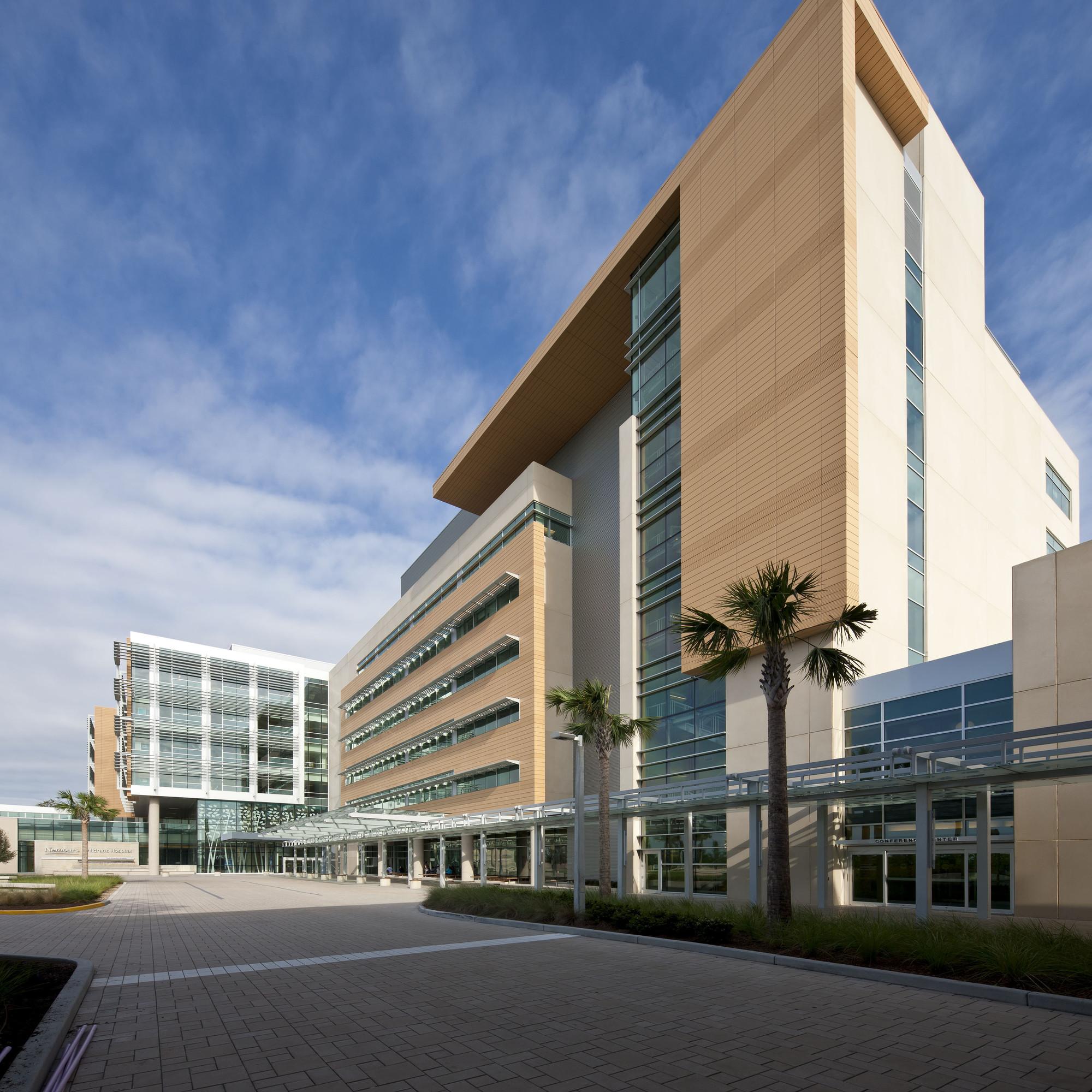Gallery of nemours children s hospital stanley beaman for Modern hospital building design