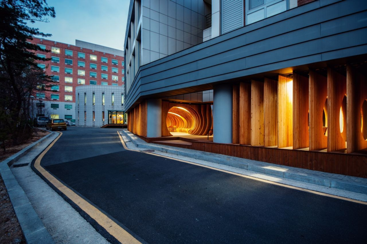 Gallery of Rest hole in the University of Seoul / UTAA - 5