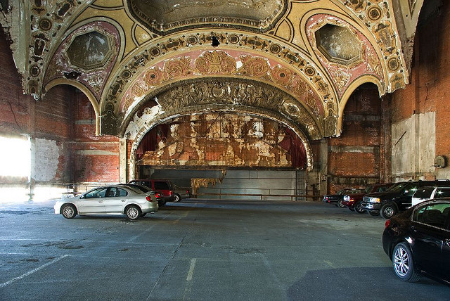 Michigan Theatre in Detroit, USA. Via Flickr CC user. Used under <a href='https://creativecommons.org/licenses/by-sa/2.0/'>Creative Commons</a>