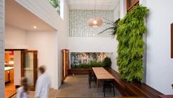 The Sunshine Beach House / Wilson Architects
