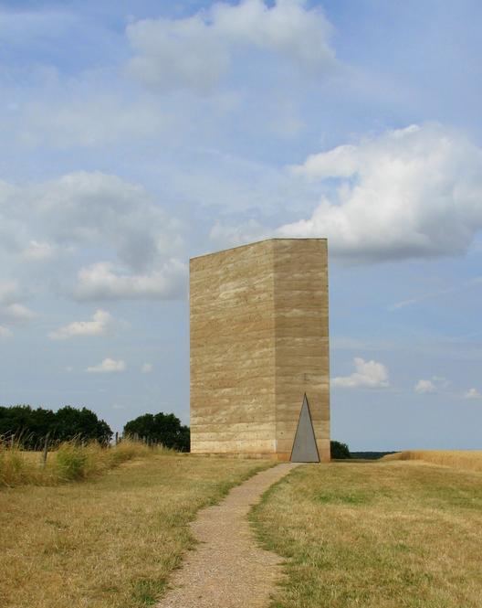 Bruder Klaus Field Chapel / Peter Zumthor. Imagen ©  Paul Clemence