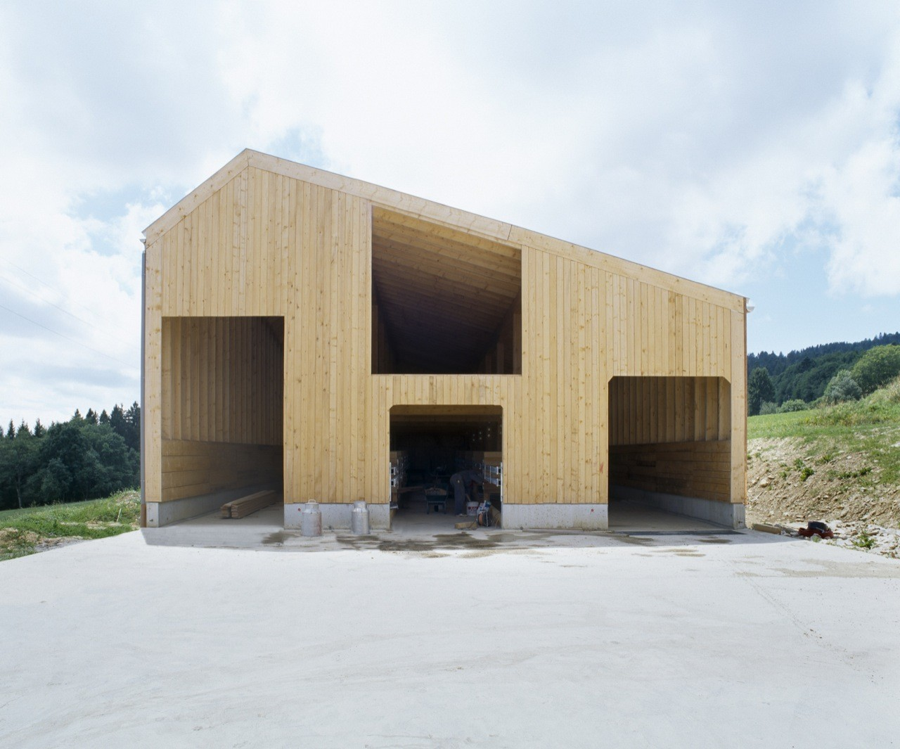 Etable De Stabulation Libre / LOCALARCHITECTURE, Courtesy of LOCALARCHITECTURE