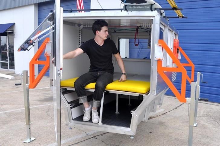 Arquitectos de la NASA diseñan un refugio en miniatura para acampar o enfrentar emergencias, © TAXA Firefly