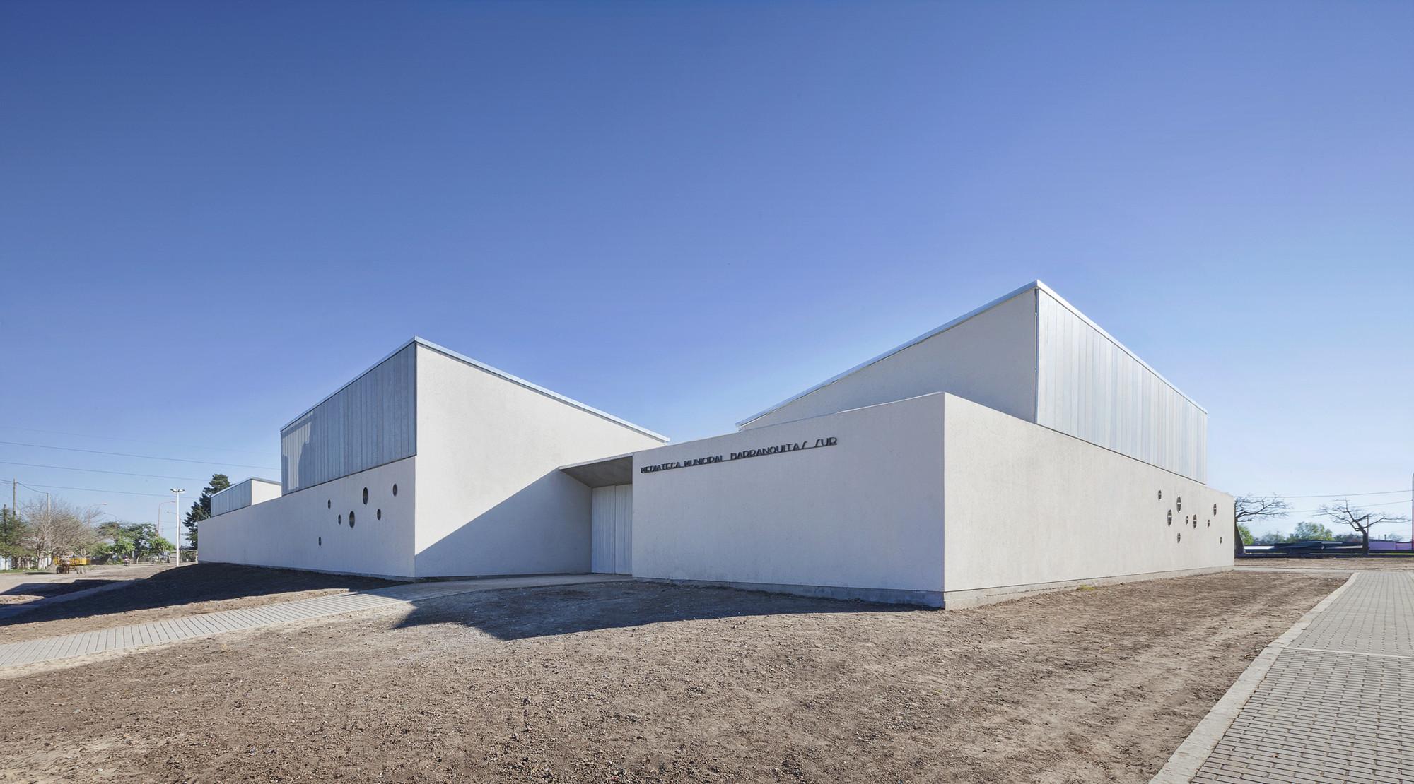 Barranquitas Sur Municipal Kindergarden / Subsecretaría de Obras de Arquitectura, © Federico Cairoli