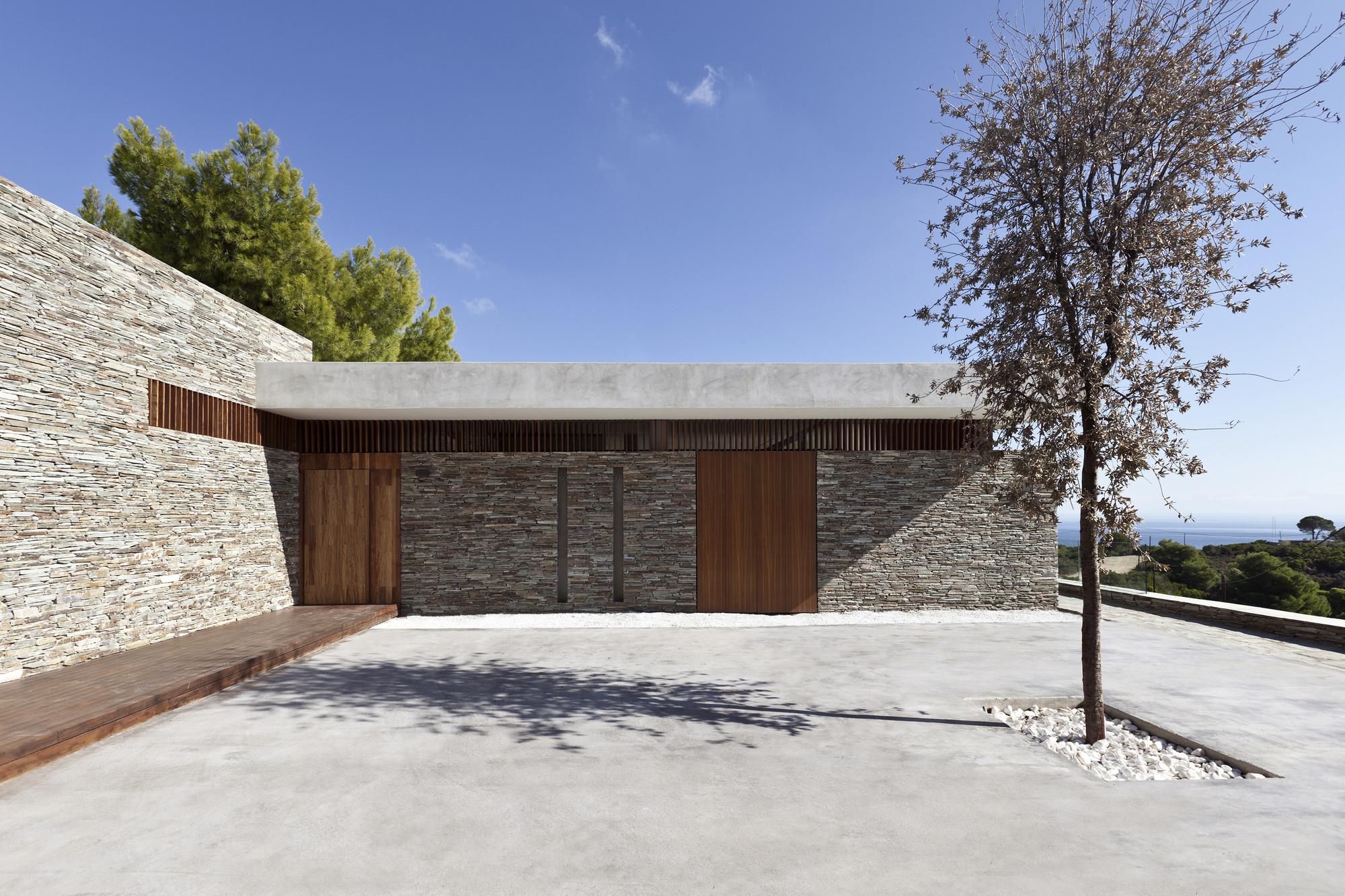Gallery of plane house k studio 11 for Studio 11 architecture