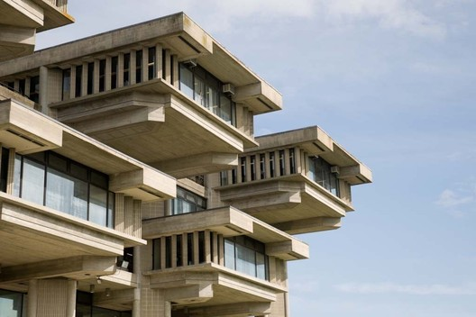 UMass Dartmouth Library, by Paul Rudolph. Image Courtesy of UMass Dartmouth