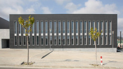 Innova. Local And Business Development Centre / Alcolea+Tárrago Arquitectos
