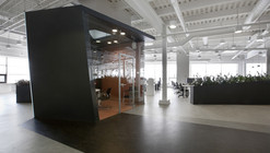 Iponweb Company Office / Za Bor Architects