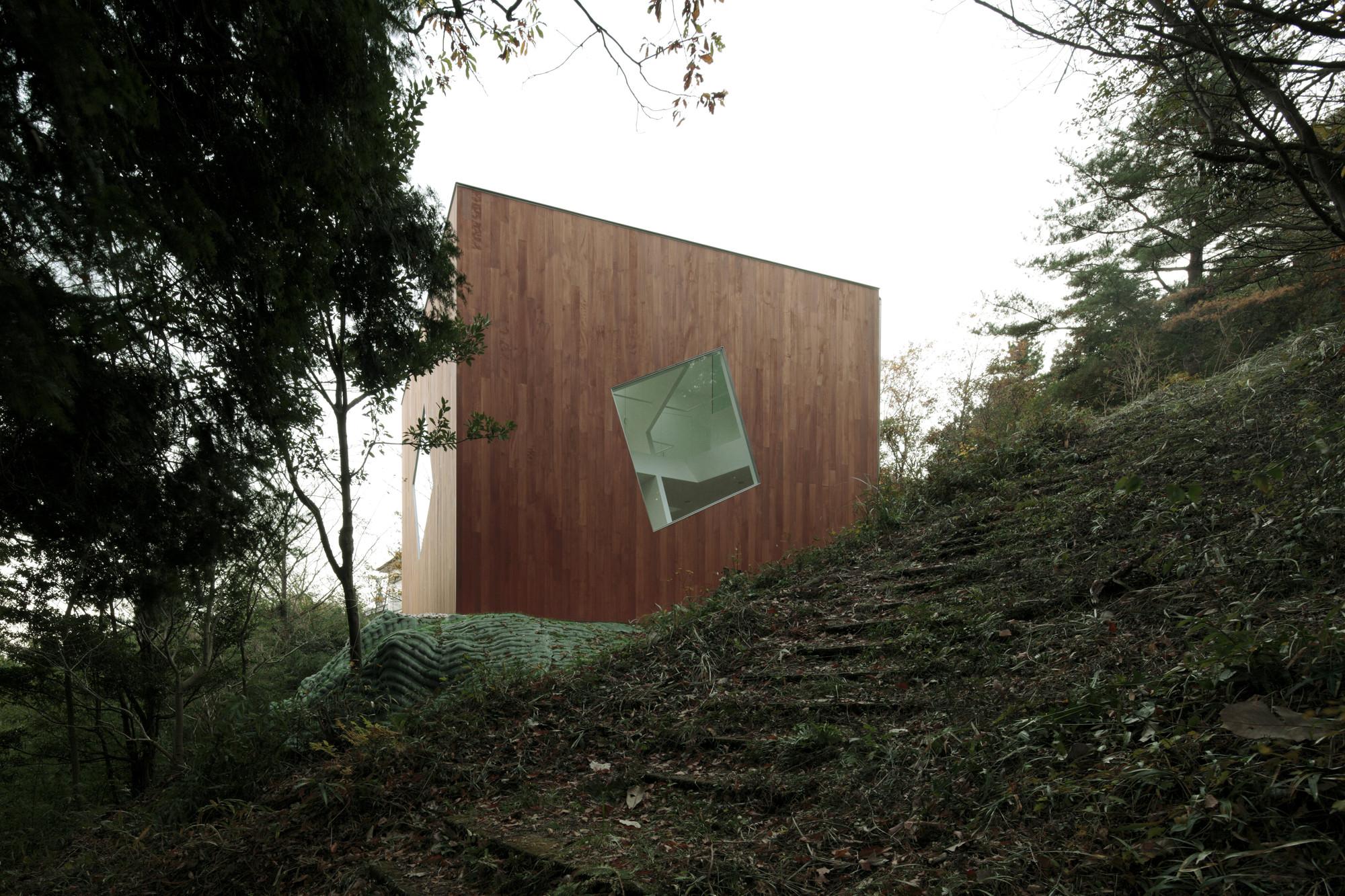 Villa Kanousan / Yuusuke Karasawa Architects, Courtesy of Yuusuke Karasawa Architects