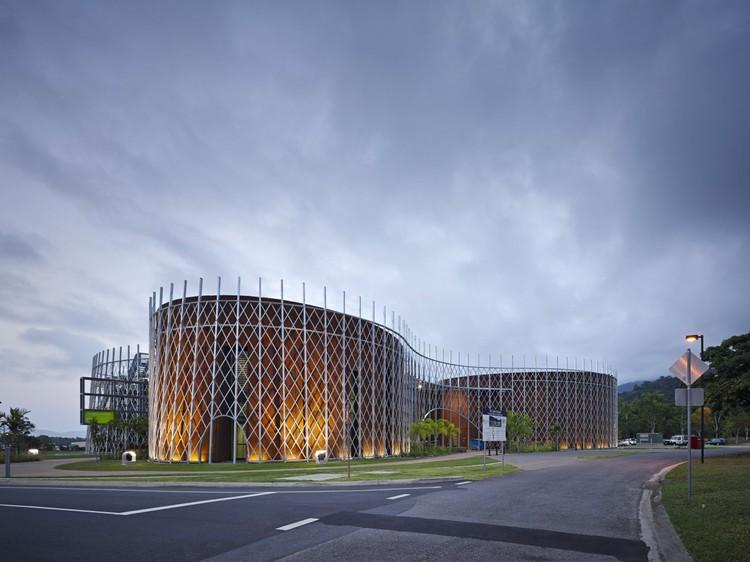 Cortesía de Woods Bagot + RPA Architects
