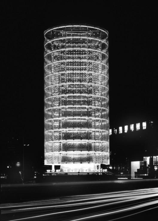 AD Classics: Tower of Winds / Toyo Ito, © Tomio Ohashi